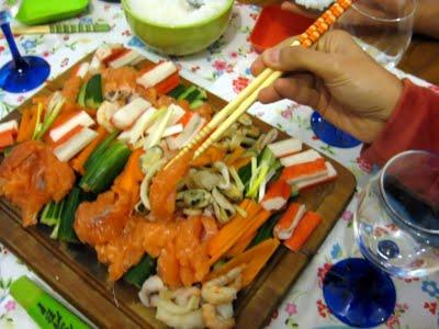 自家製の寿司 (Sushi caseiro)